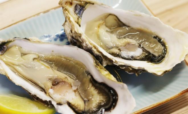 かき小屋知内番屋の生牡蠣