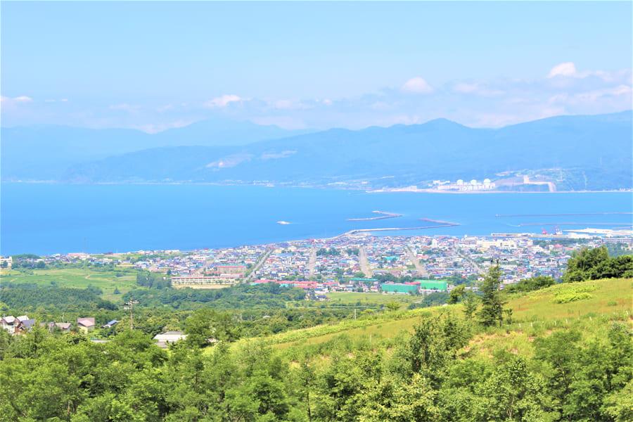 岩内町の全景